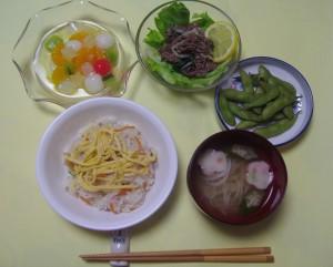 七夕メニューの食事の写真