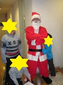 サンタさんと子ども達