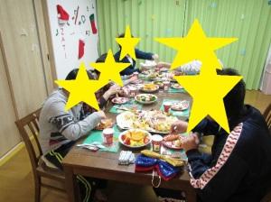クリスマス会でのお食事の様子