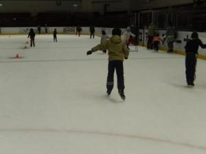 スケートをする様子1